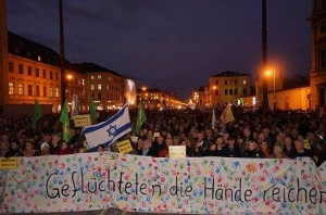 151109_Demo_Anti-Pegida_Banner